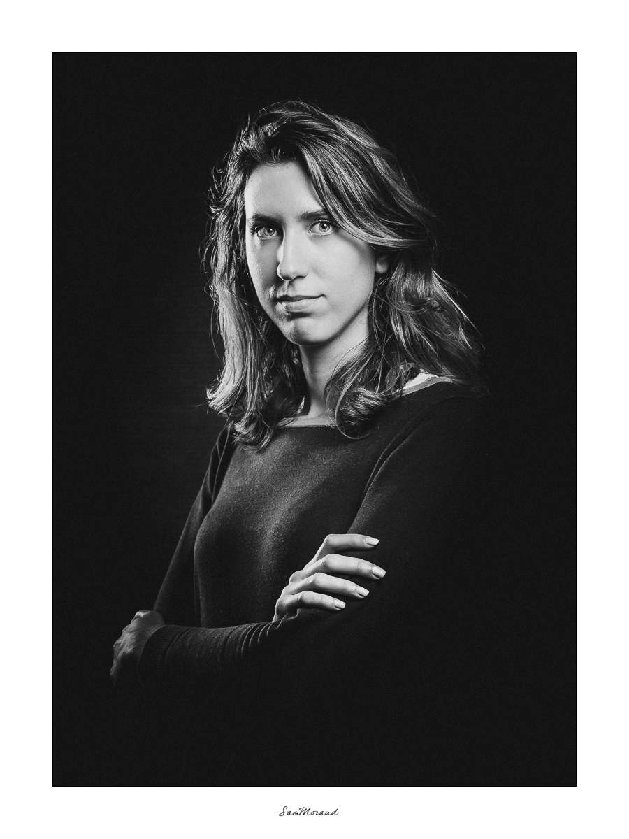 Portrait Corporate Noir & Blanc créatif